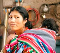 Stöd Stiftelsen Perus vänner att hjälpa fattiga barn och familjer i Inkas heliga dal